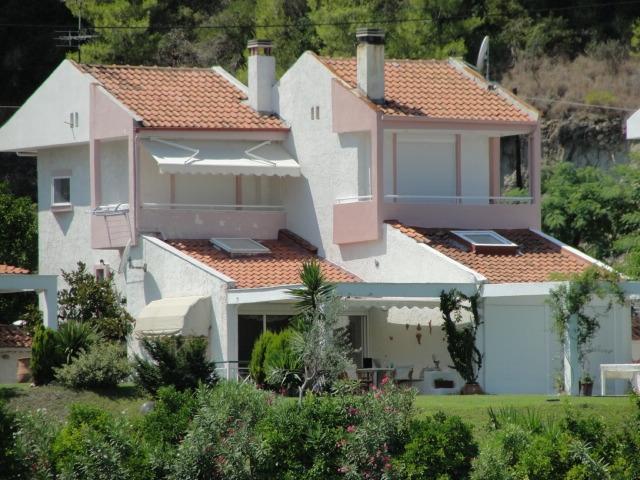 Продава се мезонет. Къща Халкидики Гърция Пефкохори Касандра