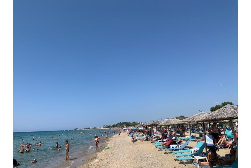 Апартамент на 100 метра от морето в Халкидики, Гърция