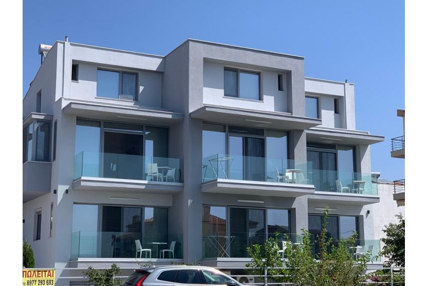 10 Апартамента на 100 метра от морето в Халкидики, Гърция