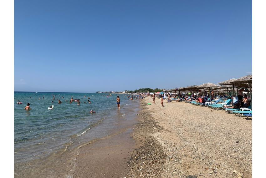 Продажба на апартамент на брега на морето в Гърция, Халкидики.